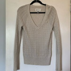 American Eagle XL grey v-neck sweater